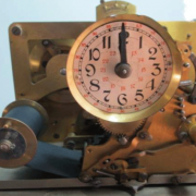 macchina timbracartellini antica